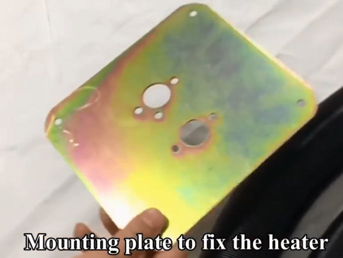 Mounting plate for the parking heater